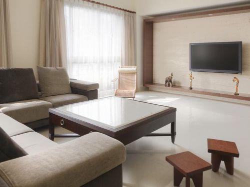 素雅米色现代风格客厅效果图欣赏