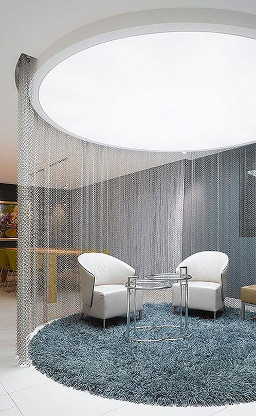 个性现代客厅隔断装潢设计