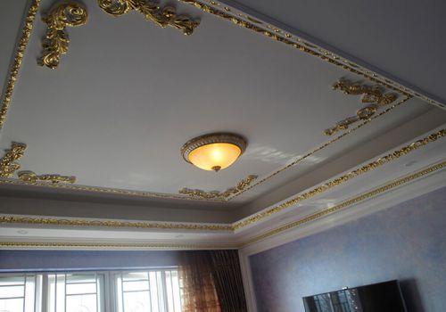 华丽欧式客厅吊顶设计