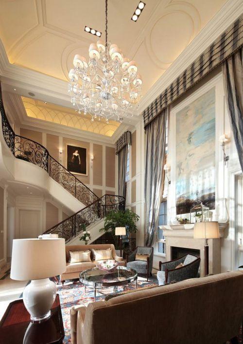 欧式风格米色大气客厅图片赏析