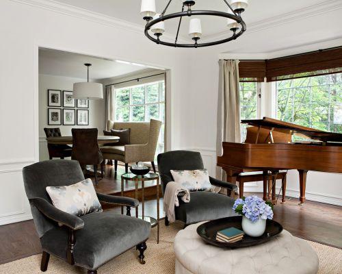 褐色欧式风格客厅装修设计案例