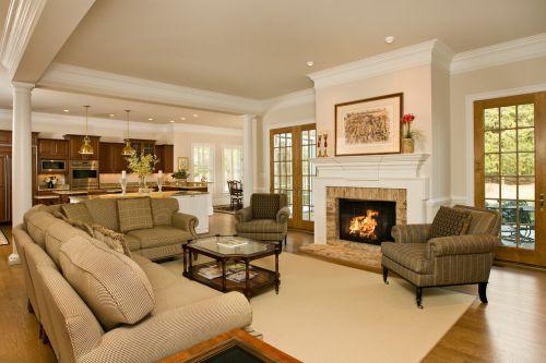 欧式风格温馨米色客厅效果图