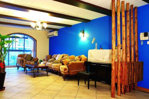 欧式宽敞客厅装修