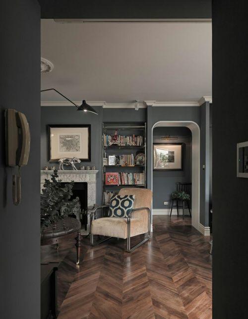 黑色大气欧式风格客厅装修美图2016