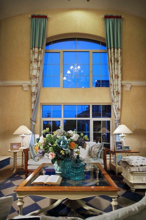 浪漫欧式风格客厅窗帘效果图欣赏
