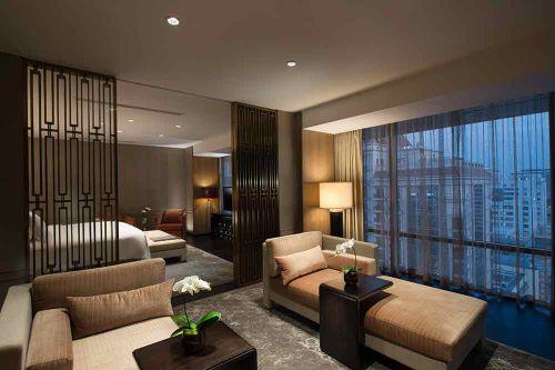 新中式素雅温润客厅装修实例