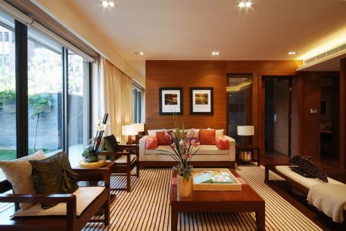 中式雅致原木色客厅装修效果图