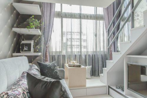 唯美简约风格白色客厅窗帘装修