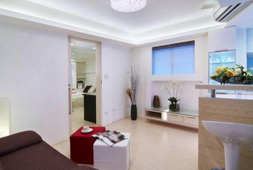 白色简约风格客厅装修效果图欣赏