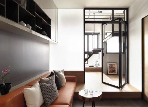 金属风门厅玄关设计