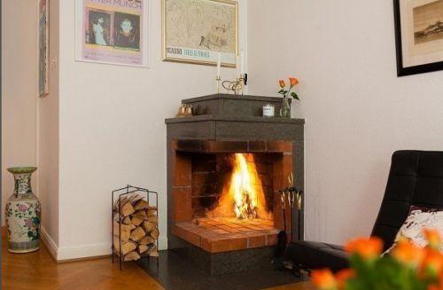 简约风格米色客厅壁炉装修设计