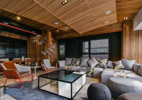 条纹木质现代客厅吊顶欣赏