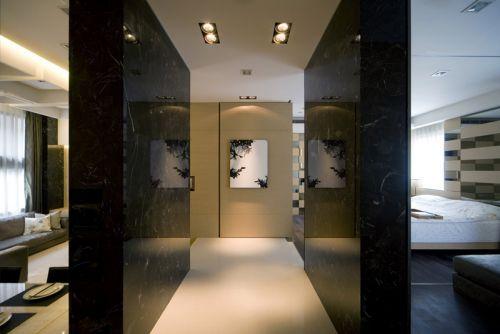 现代风格黑色客厅过道装修案例