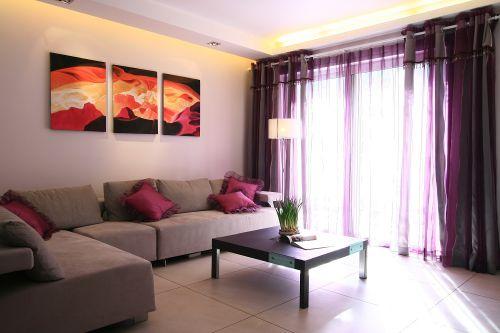 现代梦幻紫色客厅飘窗图片欣赏