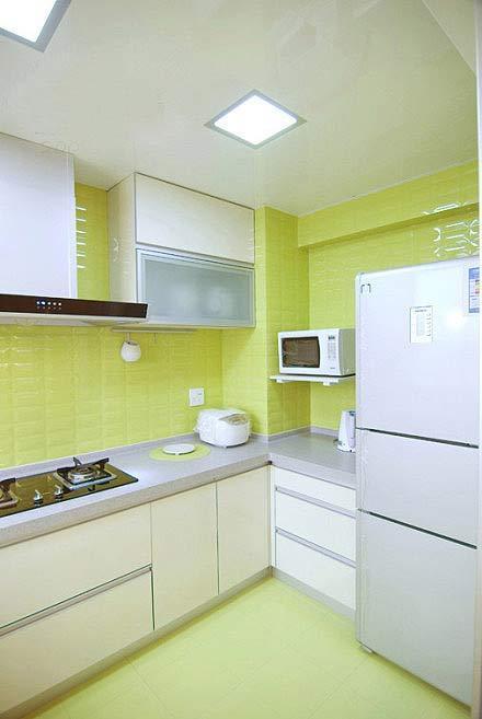 绿灰色厨房装修效果图案例