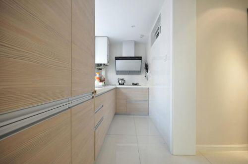 现代简约日式厨房装修效果展示