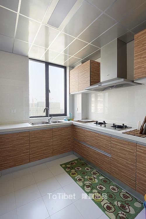 现代简约日式厨房设计案例展示