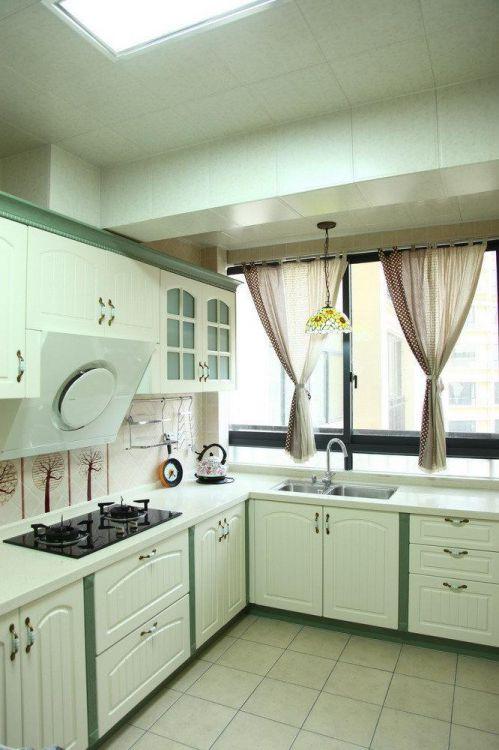 现代简约中式田园厨房案例展示
