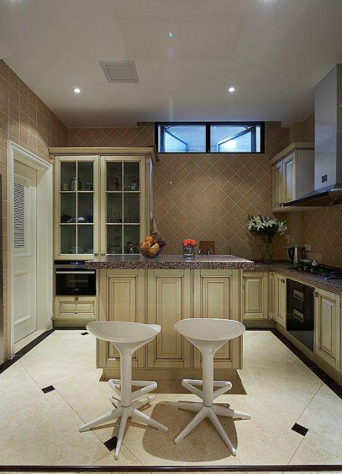 现代简约欧式厨房设计案例