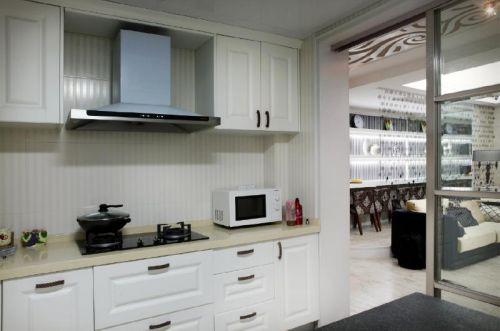 现代简约欧式新古典厨房图片