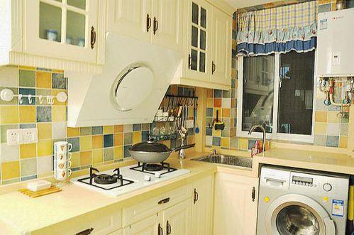 地中海复古厨房装修效果展示