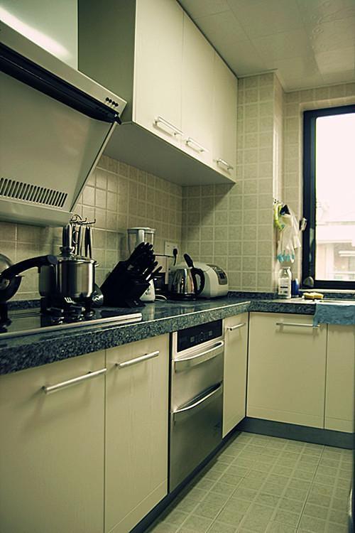 现代简约中式混搭复古厨房设计图