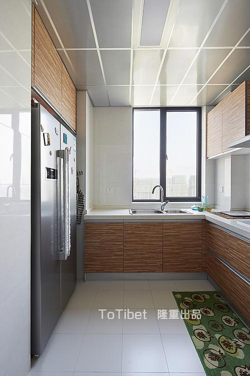 现代简约日式厨房图片