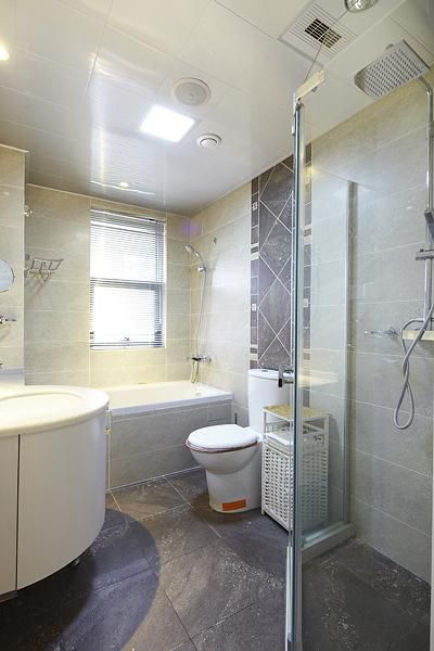 现代简约欧式日式卫生间案例展示