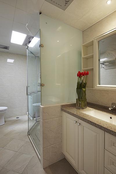 欧式混搭卫生间装修案例