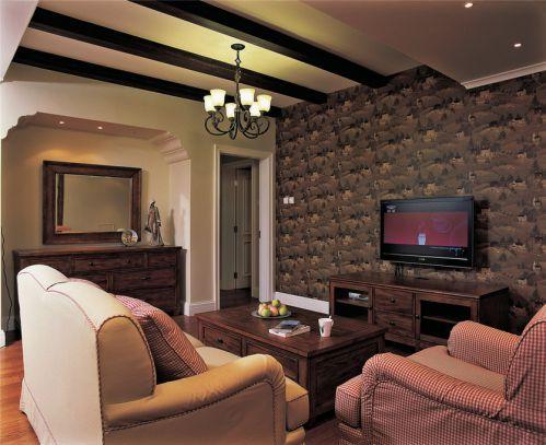 美式客厅吊顶电视背景墙装修效果展示