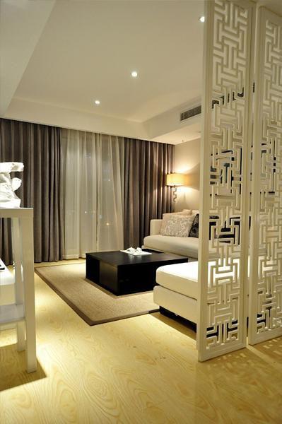 现代简约中式混搭客厅装修案例