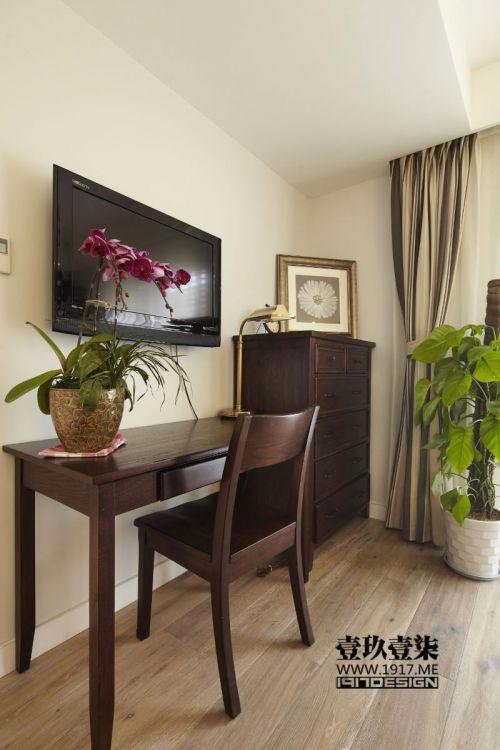 现代简约美式混搭客厅装修案例