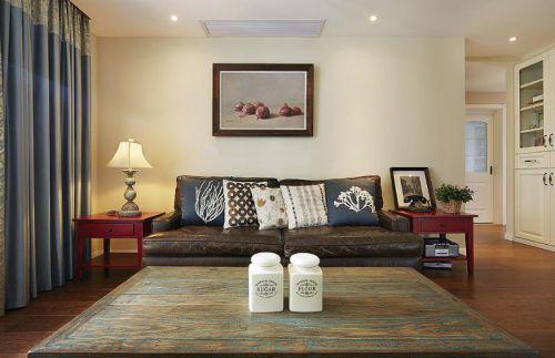 日式美式混搭客厅装修图