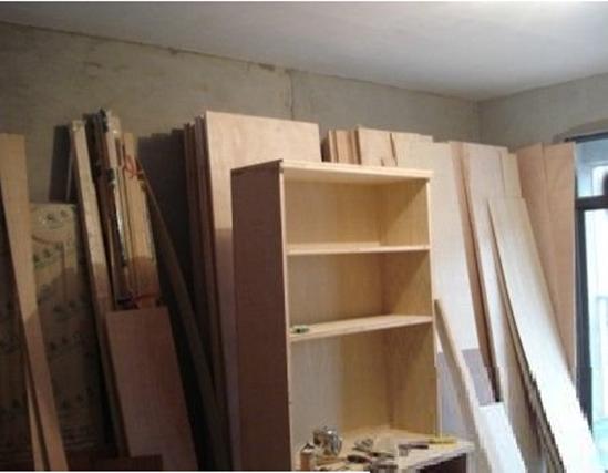 家庭装修中,无论是室内地板,吊顶,电视墙,还是门窗的施工,木工的装修