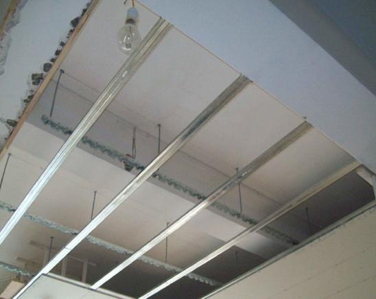 轻钢龙骨吊顶如何施工 轻钢龙骨吊顶施工工艺