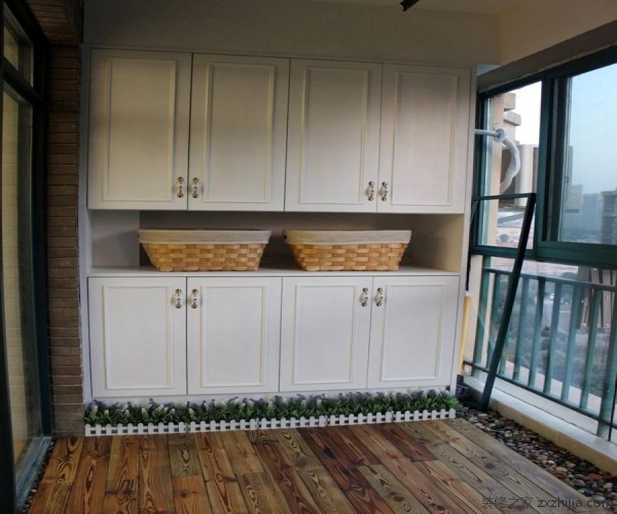 阳台储物柜的设计风格