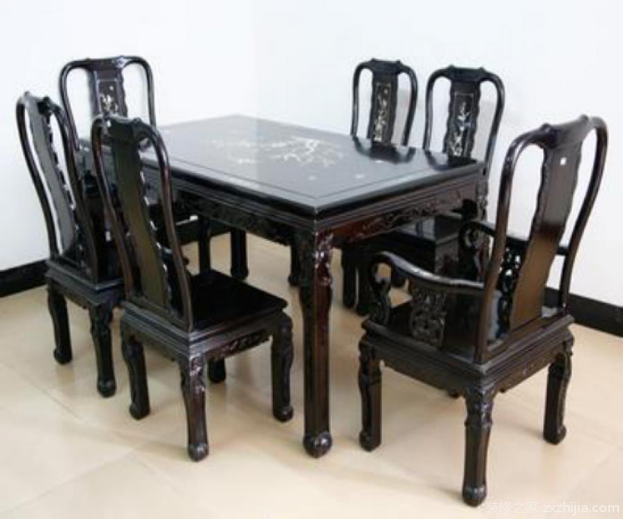 黑檀木桌椅