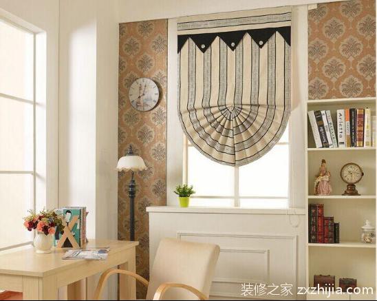 罗马帘是欧式风格家居常见的窗帘选择之一