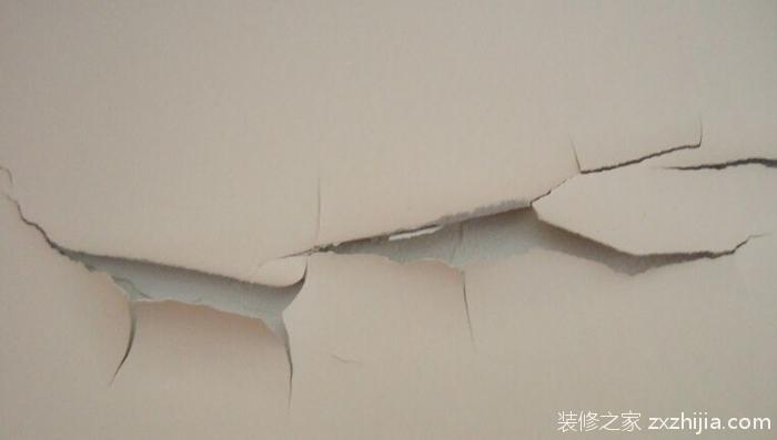 墙面裂缝怎么处理