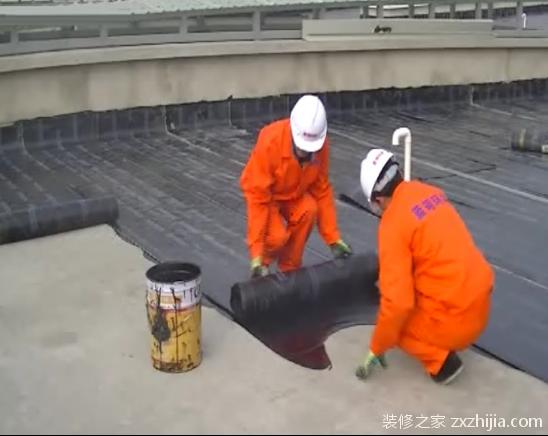自粘防水卷材