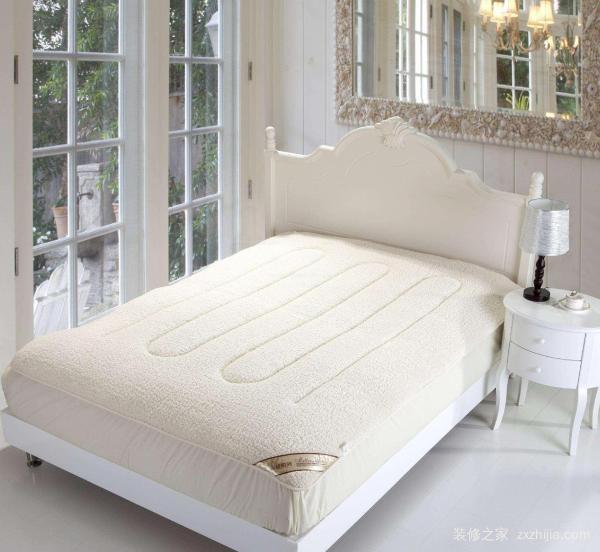床垫上的塑料膜要不要撕