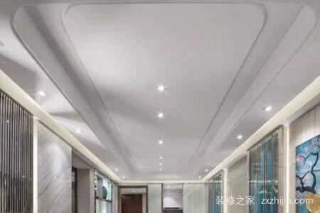 客厅吊顶该怎样设计装修?