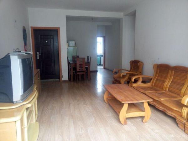 120平米三室两厅简装