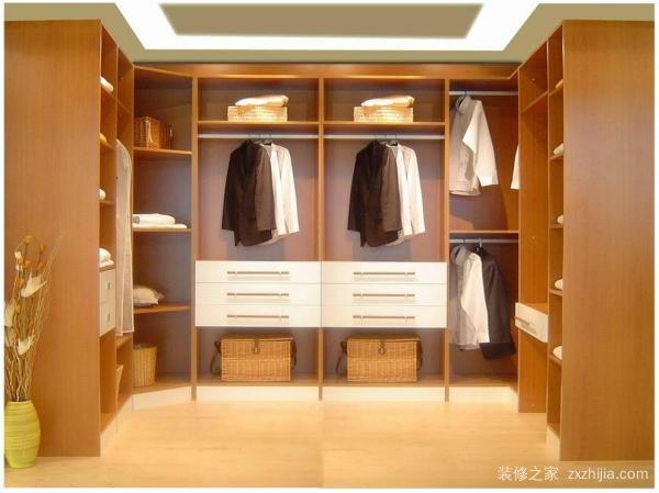 定制衣柜品牌哪个好