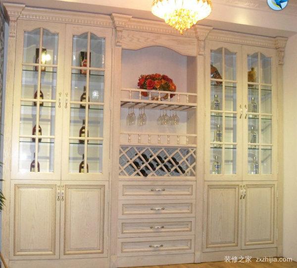 客厅定做酒柜