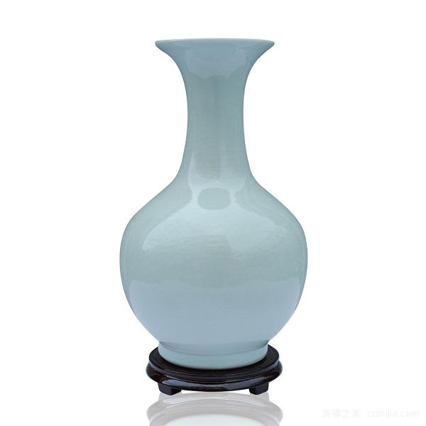 客厅装饰花瓶