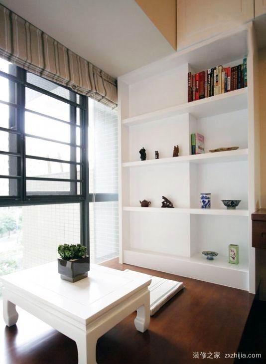 客厅阳台榻榻米设计