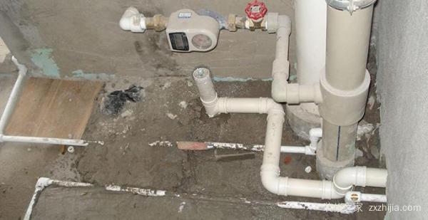 厨房下水管