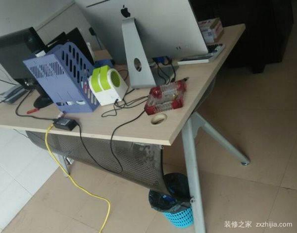 办公桌怎么组装安装步骤 办公桌选购技巧
