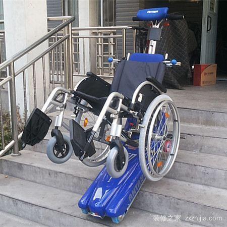 能爬楼梯的电动轮椅